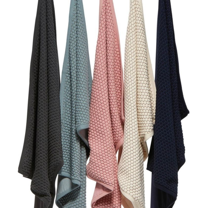 Joolz Essentials blanket hanging